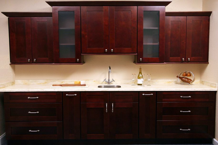Rta kitchen cabinet discounts maple oak bamboo birch for Kitchen cabinets hardware