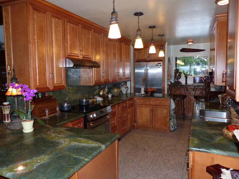 Copyright 2014 Kitchen Cabinet Discounts RTA Kitchen Cabinet Discounts RTA Kitchen Makeover - RE Long Shot 1