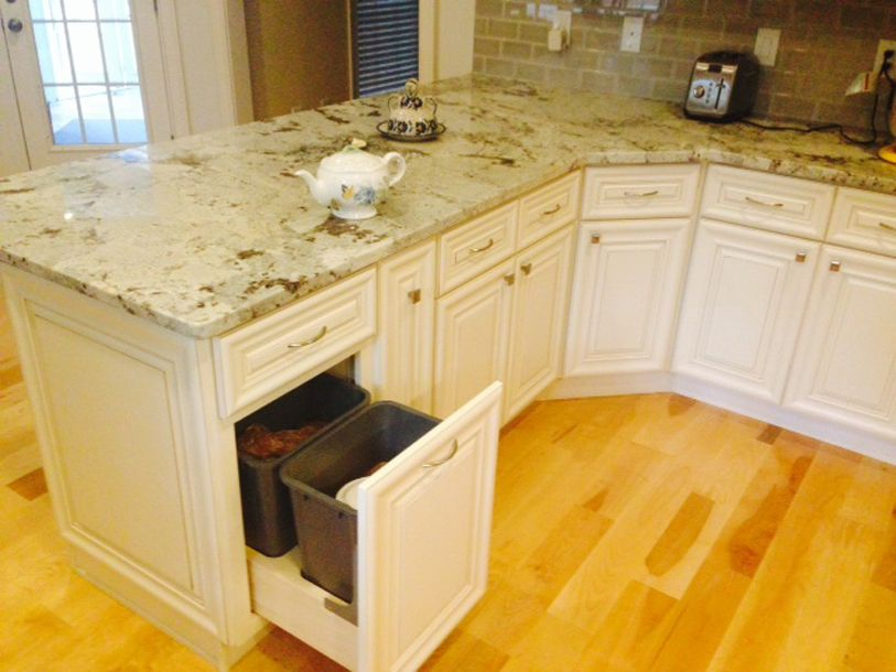 Copyright 2014 Kitchen Cabinet Discounts Joanna Trash AFTER RTA Kitchen Cabinet Discounts RTA Kitchen Makeover