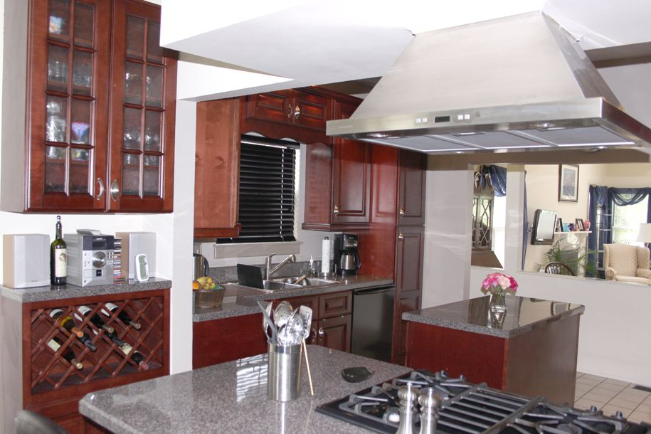 Copyright Kitchen Cabinet Discounts Tom & Judy AFTER RTA Kitchen Cabinet Discounts RTA Kitchen Makeovers 1