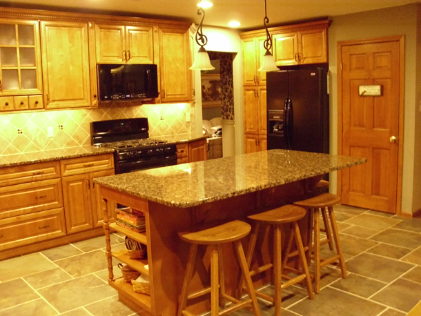 Copyright Kitchen Cabinet Discounts AFTER RTA Kitchen Cabinets Kitchen Makeover Kitchen Cabinet Discounts RTA cabinets Lisa & Andy g kit 4-610.jpg