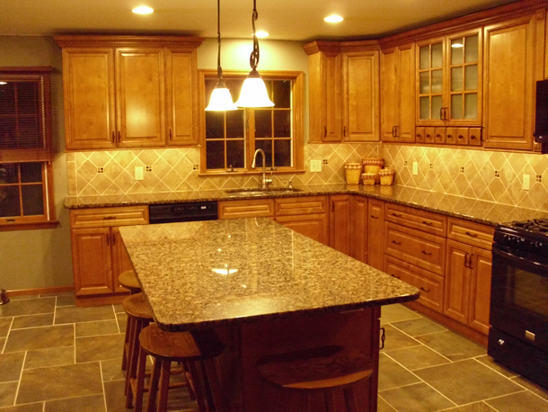 Kitchen cabinet discounts rta kitchen makeovers for Earth tone kitchen designs