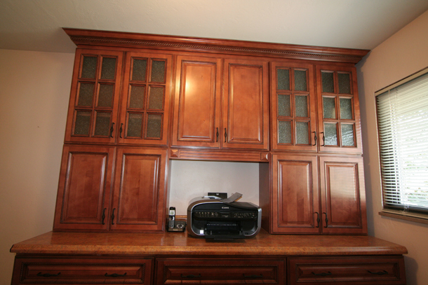 Copyright Kitchen Cabinet Discounts RTA cabinets in study front